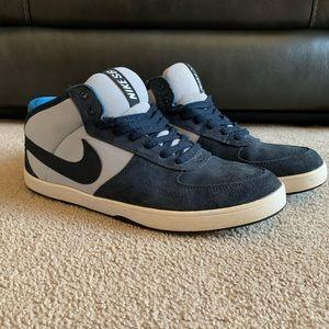 Nike SB Mavrk Mid 3 Skate Shoes